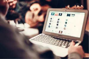 macbook-407126_1280